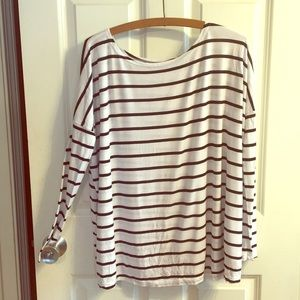 Size Medium Tobi Long Sleeve Top